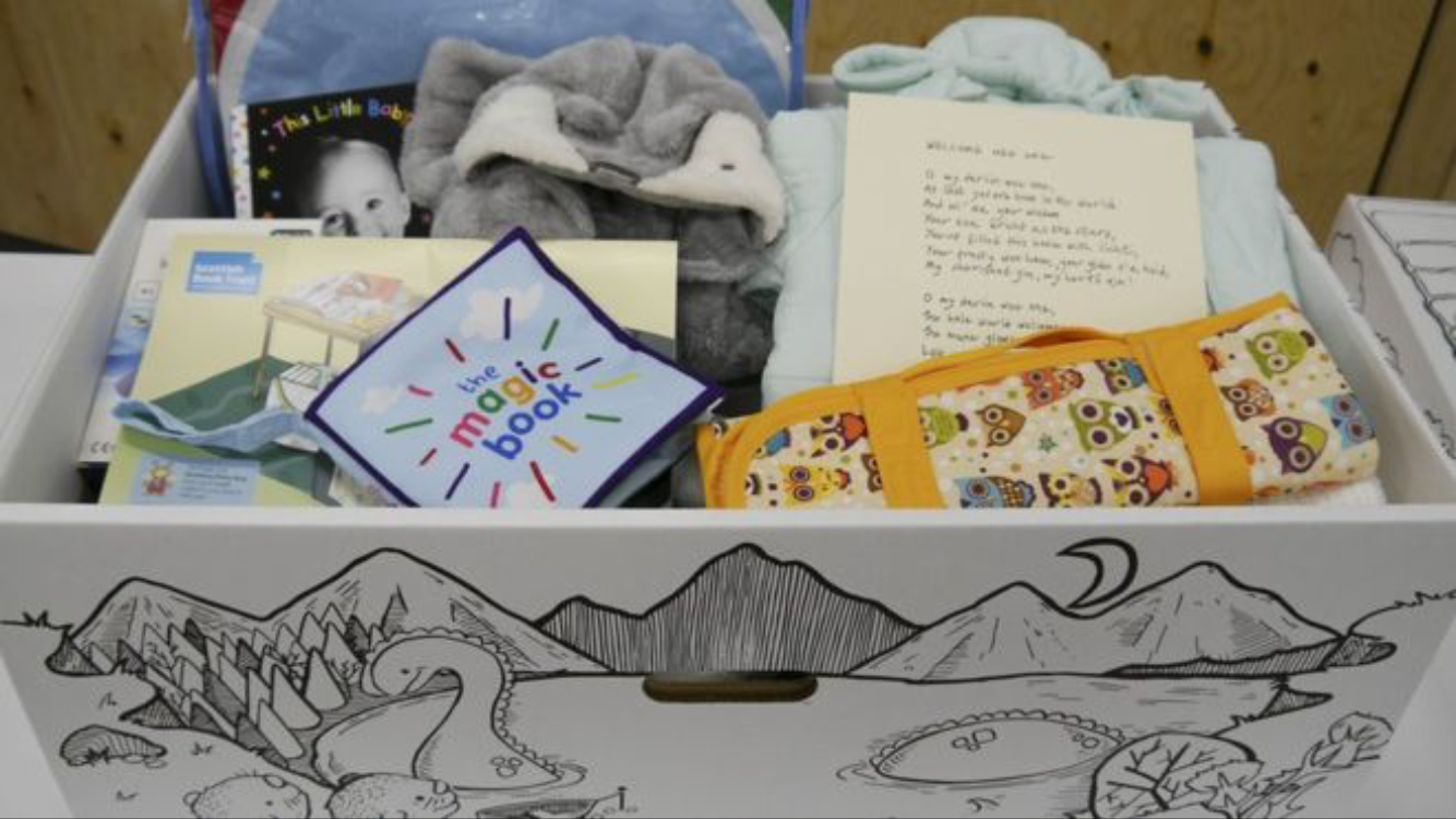 NEWS: Baby boxes to be given to Scottish mums