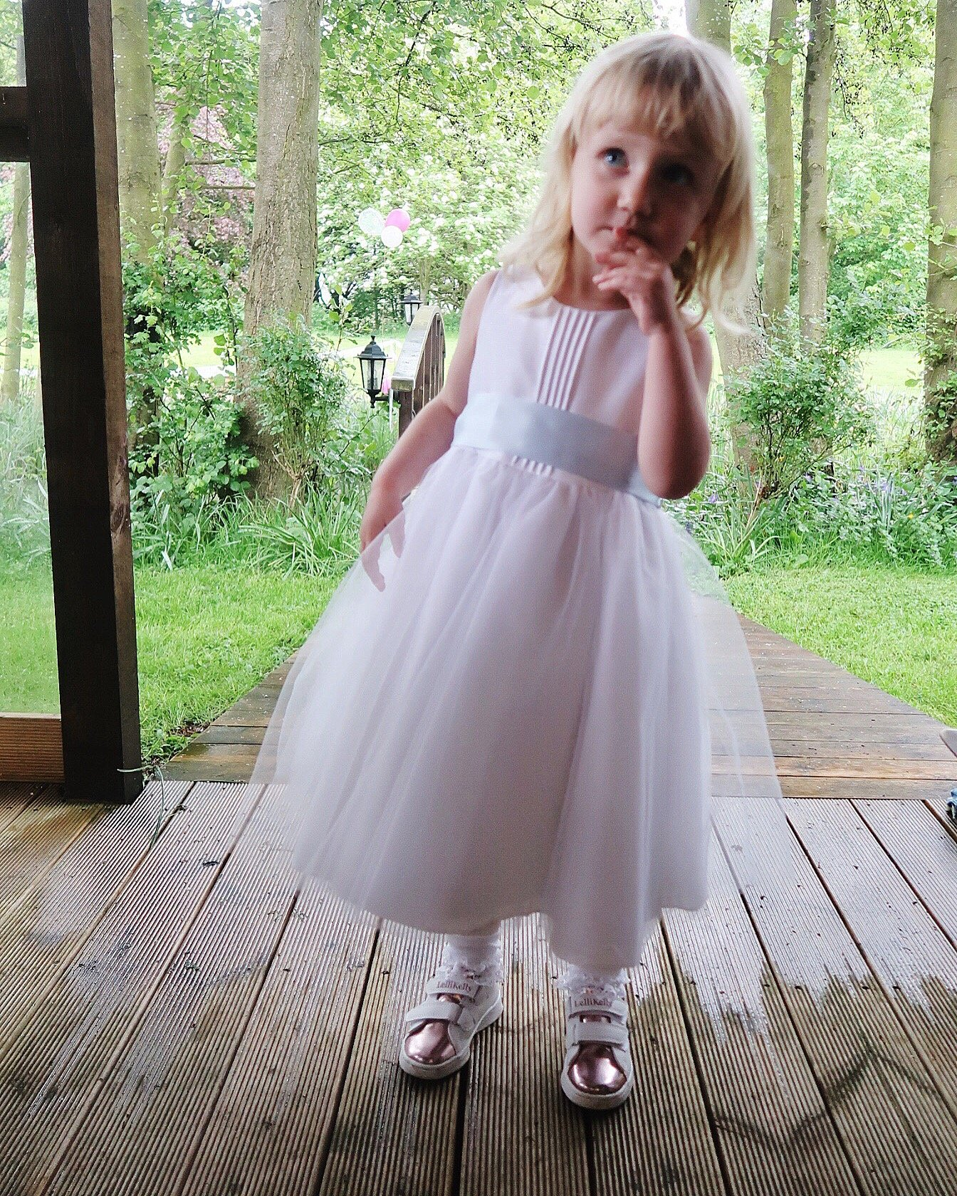 11 tips for taking a toddler to a wedding