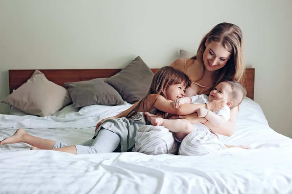 20 signs you're a mum of two
