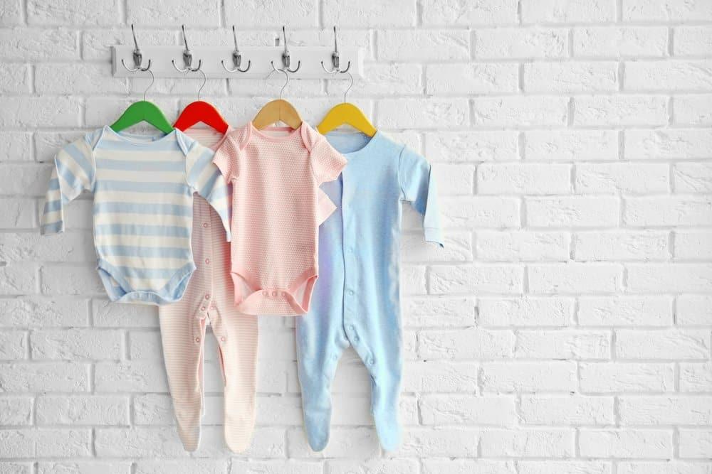 How many newborn baby clothes do I need