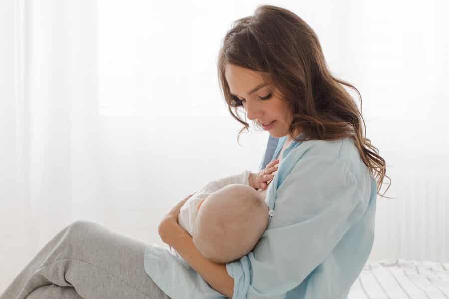 Good breastfeeding latch